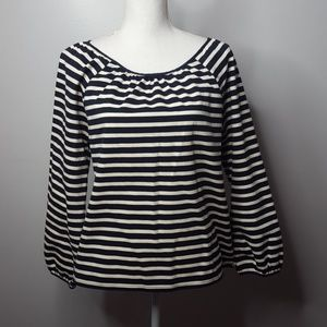 J.CREW BEAUTIFUL BLOUSE.NAVY BLUE AND WHITE COLOR